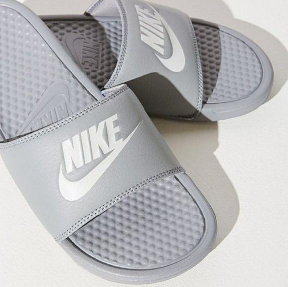 fa39b929b Men s Nike Benassi JUST DO IT lightweight Sandles